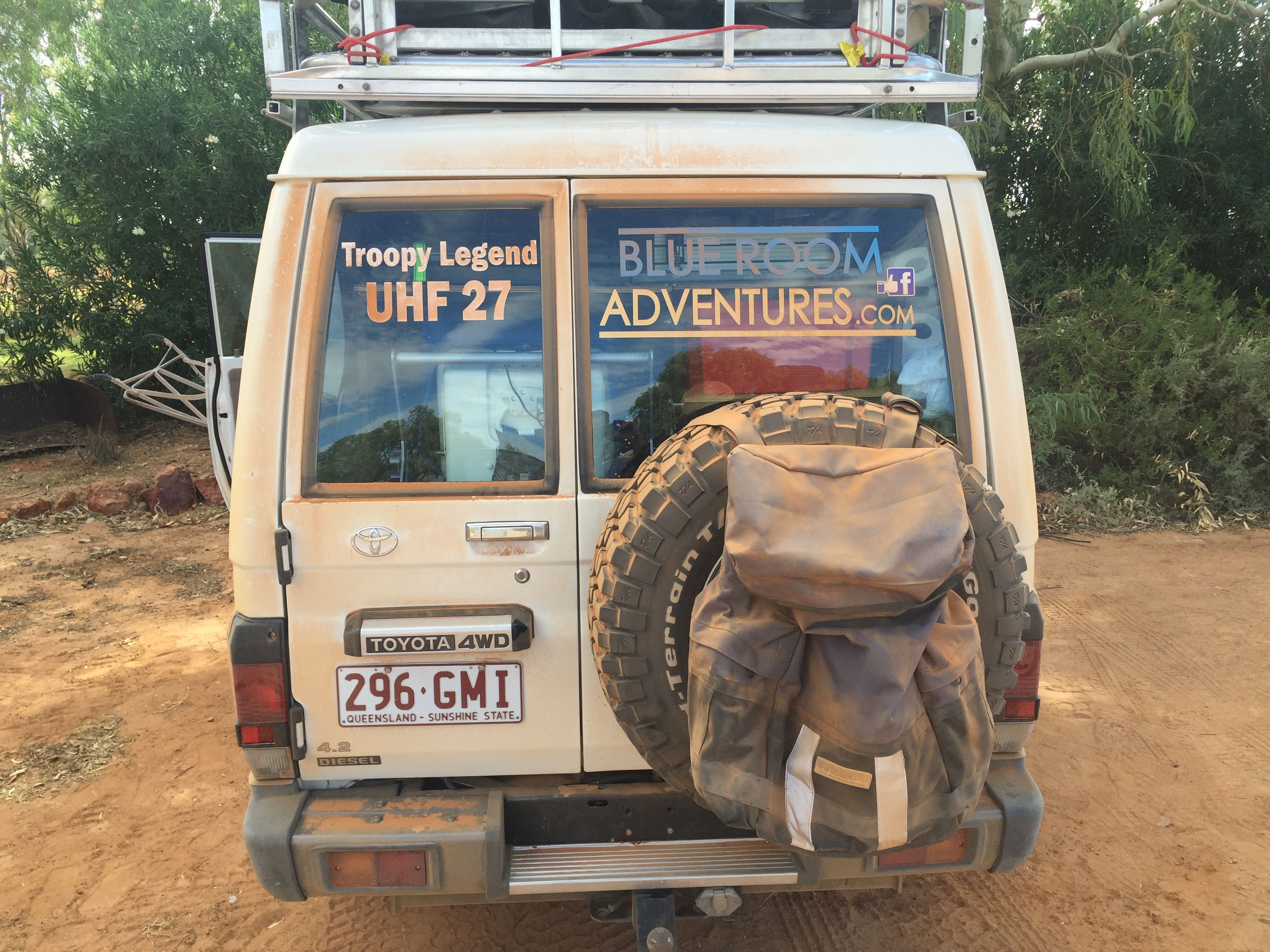 Troopy at Mt Dare after Oodnadatta Track