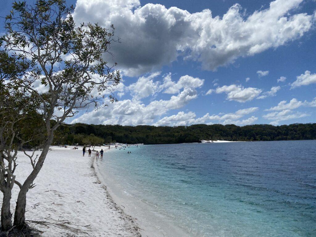 Long Beach of Lake Mckenzie - Fraser Island